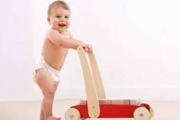 宝宝在冬天长湿疹如何护理?孩子得湿疹怎么办?