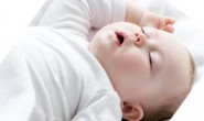 游泳对小婴儿的发育真的有好处吗