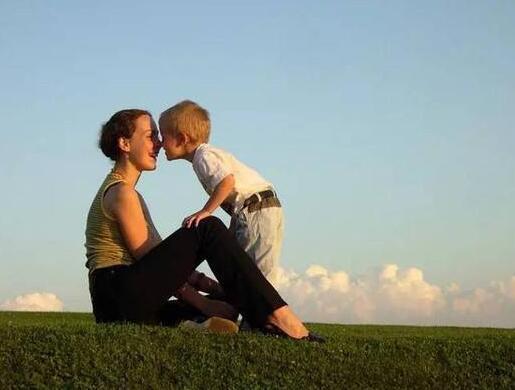 当下家长的教育焦虑,主要来自别的家长炫耀孩子的优秀