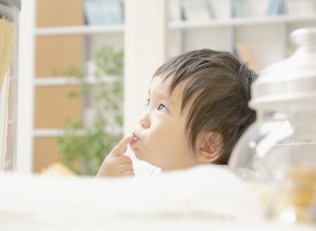 家有两岁的宝宝 家长在这些方面需要多注意
