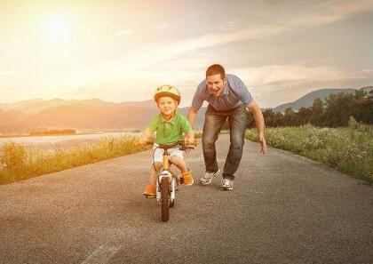 孩子的学习成绩非常差 家长该怎么办呢?