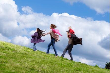 想培养出优秀的孩子 家长就不能偷懒