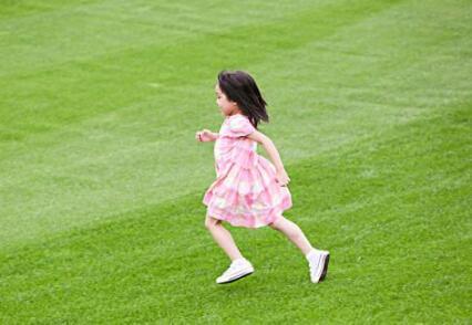 孩子的性格很内向不自信 如何让孩子开朗自信起来?