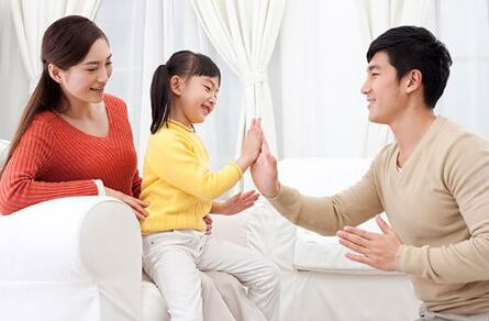 夫妻在亲热的时候被孩子撞见该怎么办?