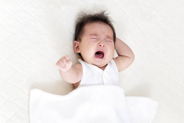照顾新生儿宝宝睡觉要注意什么问题
